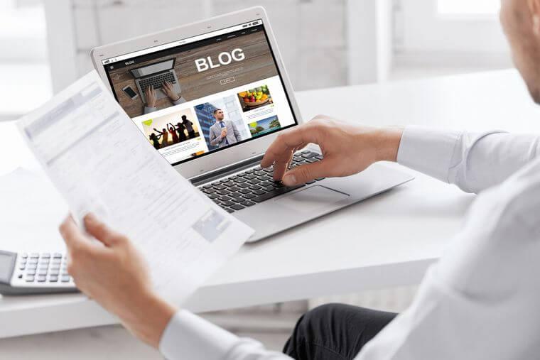 「無料ブログ」VS「レンタルサーバー+独自ドメインブログ」特徴とメリットを徹底比較